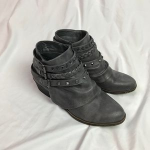 Sugar   8m Gray Ankle Studded Booties